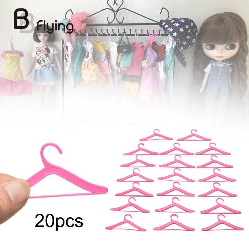 20PCS//Pack Doll Dress Clothes Hanger Holder Rack Toys Accessories Plastic Pink
