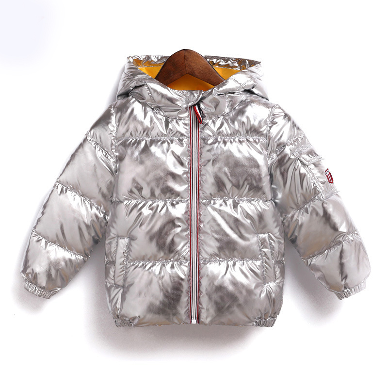 2018 nuevo invierno chaqueta de terciopelo grueso niñas abrigo chaquetas de  los niños ropa infantil de algodón acolchado ropa en Parkas y Plumas de  Mamá y ... 1536c2072d701