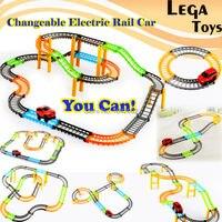 2 stijlen Veranderlijk elektrische rail auto Elektrische Racing rail auto kids spoorlijn model speelgoed baby Railway Track Building Slot Set