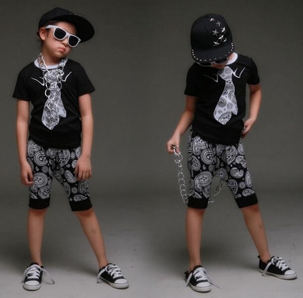 цена spring summer children's clothing set Costumes Hip Hop dance Cashew flowers shorts &  Flase tie T-shirt kids  suits twinset онлайн в 2017 году