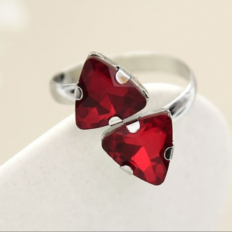 Triangle Rhine Shi Dagong super sexy ring R015-in Rings from Jewelry & Accessories on Aliexpress.com   Alibaba Group