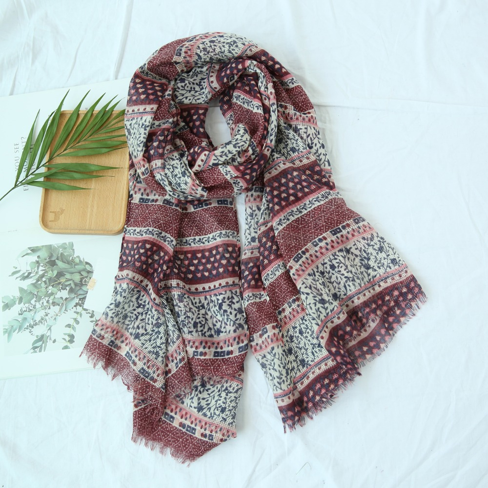 2018 New Small Floral Print Fringe Scarves Shawls Bloosom Flower Muffler Wrap Hijab Scarf 10pcs/lot  Free Shipping