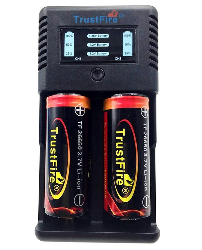 Chargeur rapide Intelligent de batterie de Li-ion de fentes de la TR-019 2 de TrustFire + 2 x batterie Rechargeable protégée 26650 5000 mAh 3.7 V