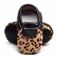 New Arrival High Quality Leopard Genuine Leather Non Slip Baby Infant Toddler Soft Moccs Shoes First