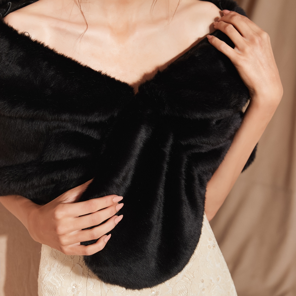 Купить с кэшбэком 100% Real Pictures Black Winter Women Jacket Faux Fur Wedding Shawl Bridal Fur Stole Shawl Party Cape Shrug High Quality