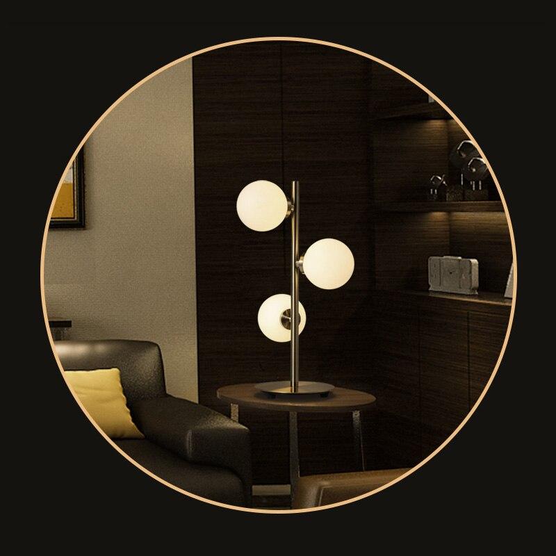 Северная Европа современный Спальня настольная лампа прикроватная салон фойе Обеденная бар моды украшение гостиной Стекло Сфера настольн...