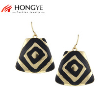 цены на Free Shipping Min Order $10 (Mix Order) 2014 New Fashion Women Black Enameling Gold/Silver Plated Rock Drop Earrings Jewelry  в интернет-магазинах