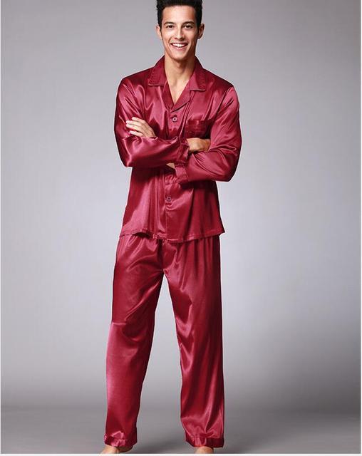 Анти натурального шелка Пижамы Костюм для мужчин гладкой и Шелковистой Пижамы халат Вышивка технологии Leisure suit Мода Пижамы Наборы QTZ077