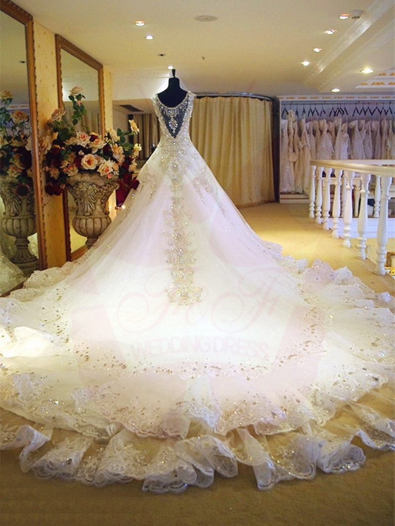 Crystal Diamond Long Trailing Wedding Dresses 1.5M/1M long wedding ...