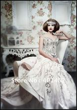 Limited Edition Luxury Vintage Corset Royal Taffeta Bridal Gown With Embroidered And Beading Wedding Dress