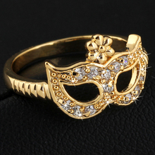 Yellow Gold Color Flower AAA+ Clear Crystal Cluster Cute Mask Party Wedding Ring Fashion Costume Jewelry for Women Hot Gift