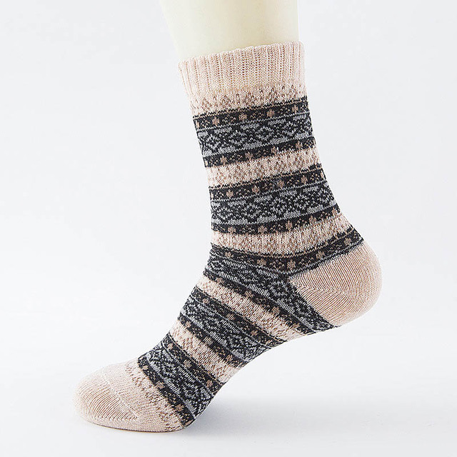 c799c5982 LNRRABC Winter Thick Warm Stripe Wool Socks Casual Calcetines Hombre ...