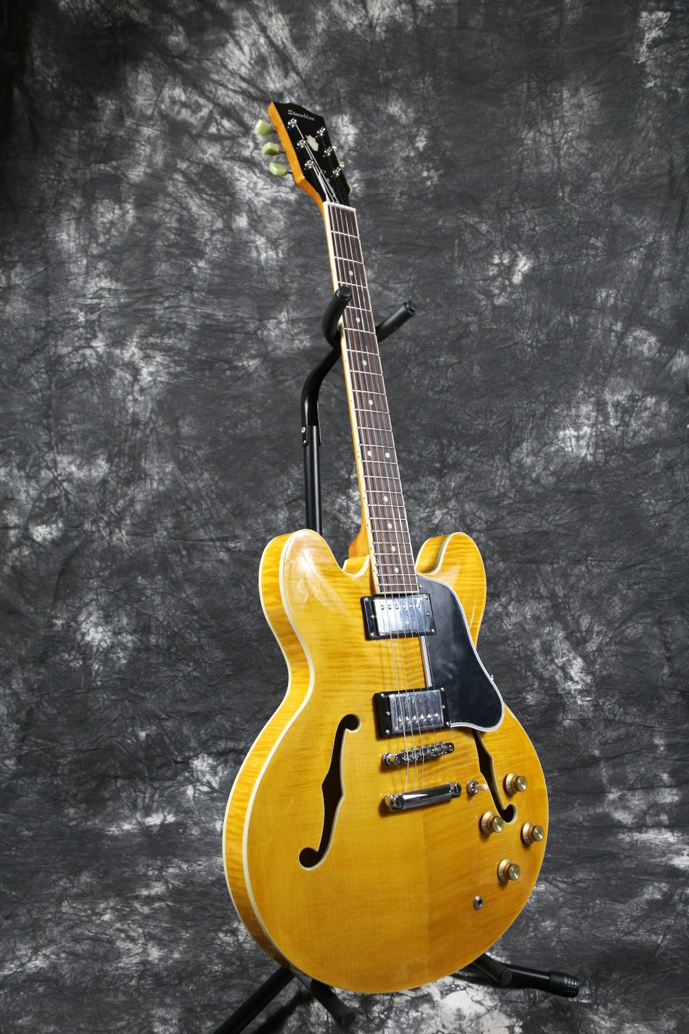 High end Semi Hollow Body Yellow Jazz ES 335 325 345 electric guitar Guitarra all color Accept new arrival es 335 semi hollow jazz electric guitar 335 model in cherry red 120315