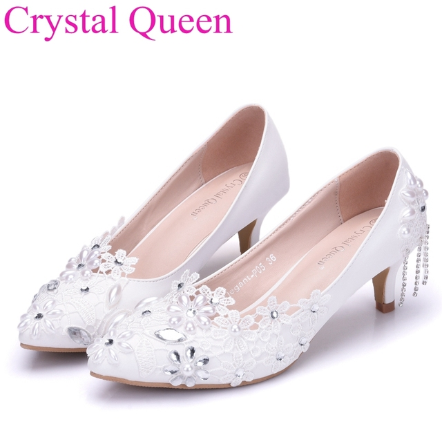 Crystal Queen 5cm pointed toe white lace shoes for women white 5cm heels  thin heels lace wedding shoes small thick heel shoes 561b8e99ad04