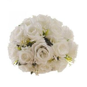 Image 4 - Ramo de flores artificiales blanco para boda, hojas hechas a mano, flores de perlas, Ramos para dama de honor en boda