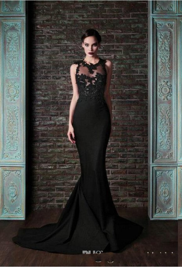 Sophisticated evening dresses online