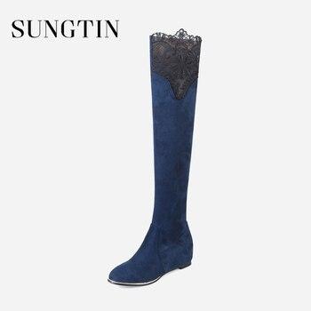 b1c99ac5d4d70 Sungtin-invierno-nuevo-gamuza-ajustado-muslo-botas-altas-mujeres -negro-encaje-de-gran-tamaño-botas-planas.jpg 350x350.jpg