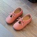 Kids shoes de cuero primavera de 2017 nuevos niños y niñas mocasines de cuero de moda a prueba de agua para niños de los niños del partido talones plana