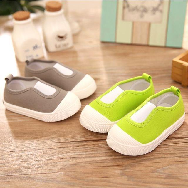 2017 nova casual sapatos de bebê, sapatas de lona do bebê bebe meninos primeira walker sapatos de bebê meninos da criança dos desenhos animados terno para 0-32 m mutli-cor