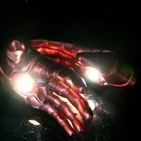 2019 Movies Avengers Endgame War iron Man Gloves Cosplay Prop Avengers LED Gloves PVC Toys for children Adult birthday gift