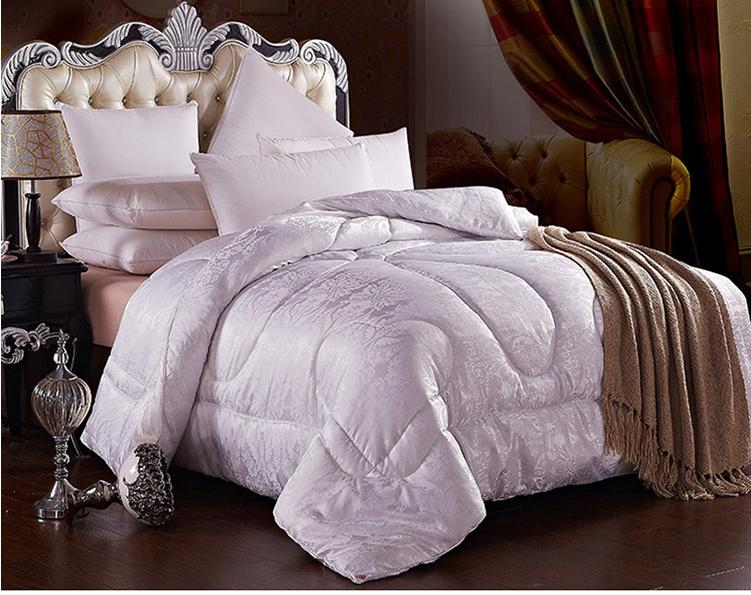 Quilted Summer Comforter Jacquard Blanket Mulberry Silk
