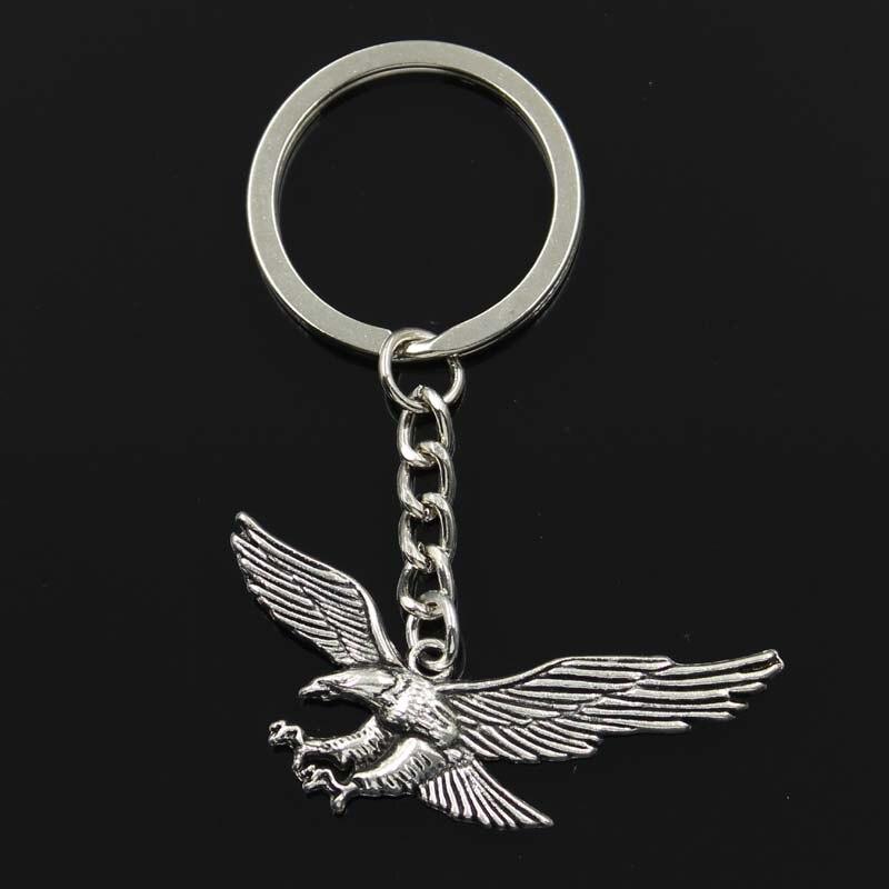 New Keychain 28x50mm Hawk Eagle Pendants DIY Men Car Key Chain Ring Holder Keyring Souvenir Jewelry Gift