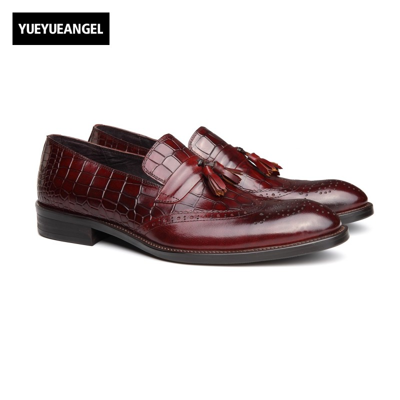British Vintage Genuine Leather Slip On Formal Shoes Men Pointed Toe Male Footwear Autumn New Fashion Wing Tip Tassel Dress Shoe men s pu leather wedding flats new british men shoes fashion man pointed toe formal wedding shoes male dress shoes