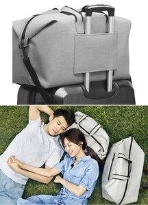 Image 5 - Сумка meizu pk xiaomi для мужчин и женщин, водонепроницаемый вместительный дорожный ранец 38L, сумка для скалолазания, кемпинга, пляжа, оригинал