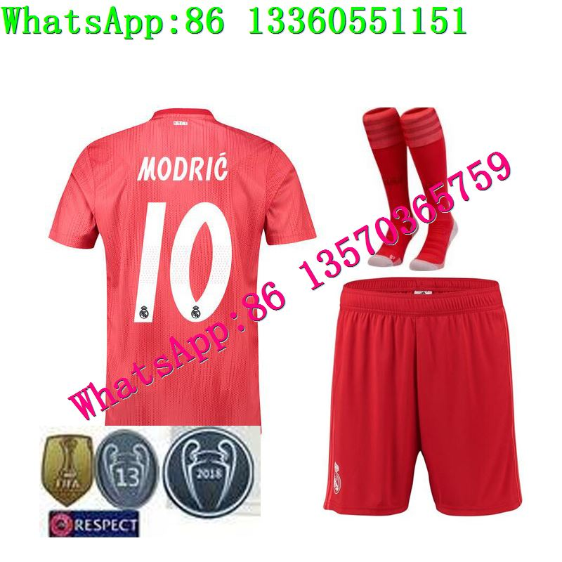 6fb43cc7974 19 BENZEMA KROOS Soccer Shirts ISCO BALE MARCELO Football Shirts Real  Madrid SERGIO RAMOS Champions League patch + socks-in Men s Sets from Men s  Clothing ...