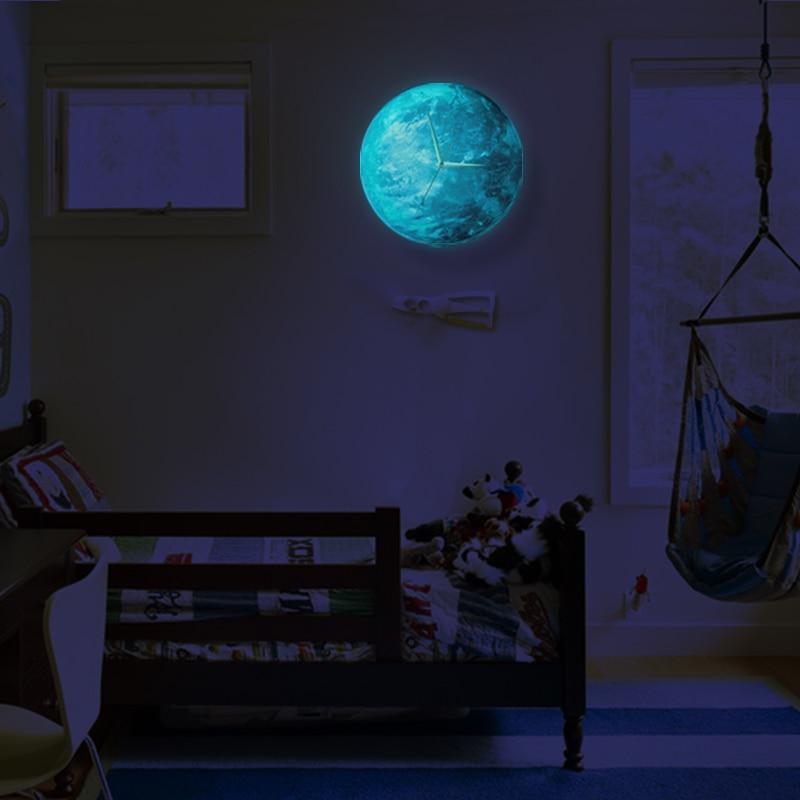 Funlife(TM) Glow in the Dark Earth Wall Clock, Funlife Exclusive Creative Illuminate Glowing Earth Desgin Wall Clock with Extrat