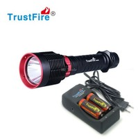 TrustFire DF010 LED Diving Flashlight CREE XHP70 1600 LM Waterproof 50M & Original 2*26650 Rechargeable Battery & Charger