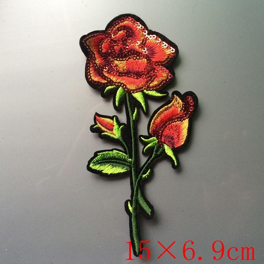 Gyönyörű rózsaszirom virágos galléros vasaló a javításra - Művészet, kézművesség és varrás - Fénykép 2