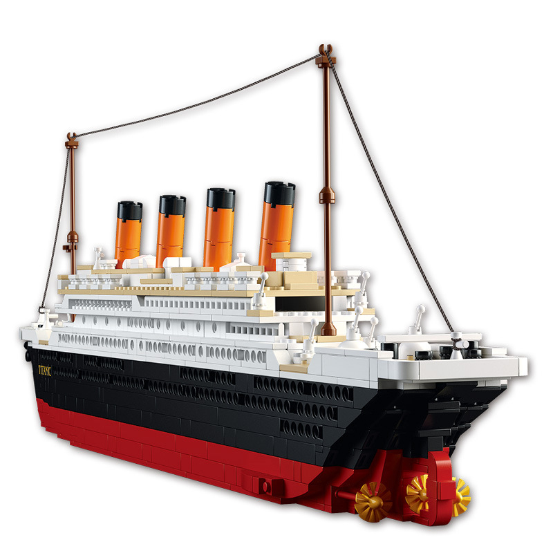купить Titanic 3D City Ship 1021PCS Construction Brick Block Set Educational Hobbies Toys compatible The Heart of the Ocean DIY gifts недорого