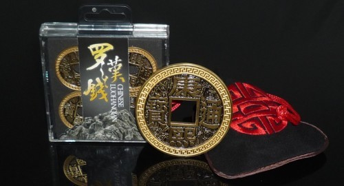 Free shipping new arrival high quality Chinese LUOHANQIAN coin set morgan coin size magic tricks magic toys