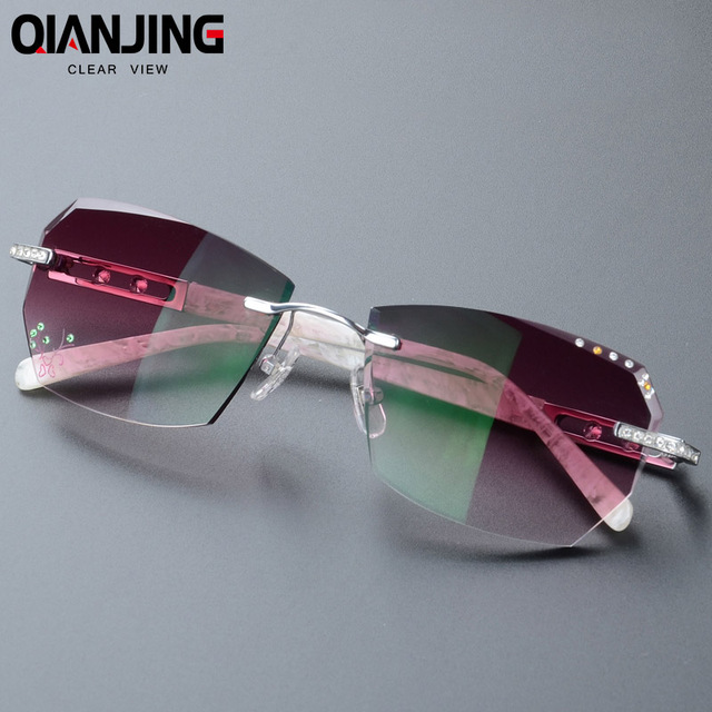 aa6479e181 2018 Summer style fashionable trimming rimless women s Complete prescription  sunglasses with Rhinestones on lenses Gold Frame