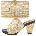 Multi Color de Moda Bolso Y Sandalia Set Piedras Decoración Africana Italiano Zapatos Con Bolso A Juego Fijado Para El Vestido TH03