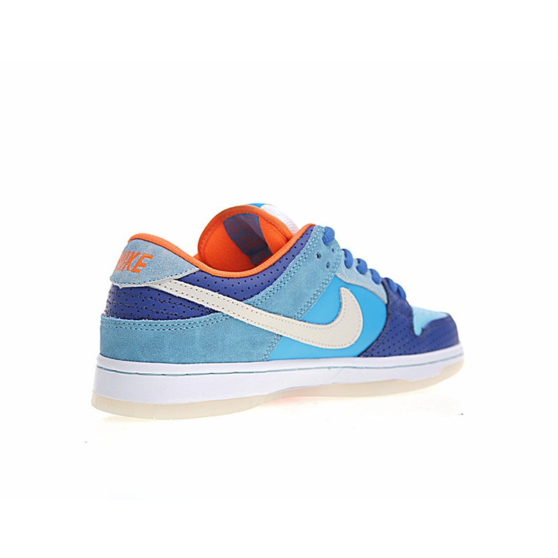 Original New Arrival Authentic Nike SB Dunk Low Pro x MIA Skate Shop Men s  Skateboarding Shoes Sneakers Good Quality 504750 474-in Skateboarding from  Sports ... 0677de23e6cc