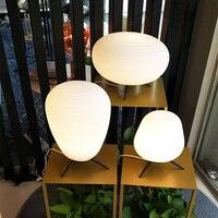 간단한 현대 호텔 룸 테이블 램프 크리 에이 티브 연구 거실 램프 홈 조명 데스크 라이트 reding 라이트 lu8221900-에서탁상 램프부터 등 & 조명 의