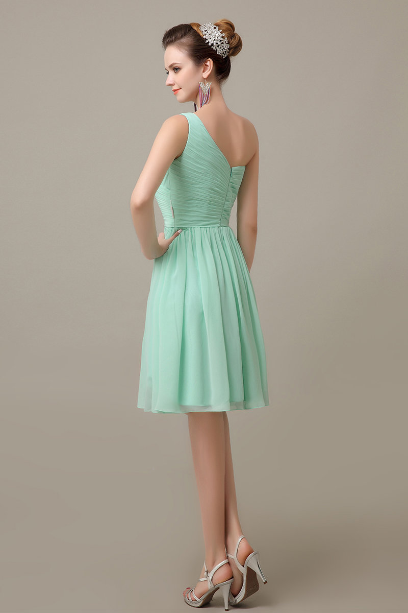 2016 mint green knee length chiffon one shoulder cheap simple bridesmaid  dress hot sale plus size bridesmaid Dress BD381-in Bridesmaid Dresses from  Weddings ... d5d2aab9b527