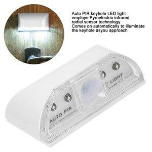 Image 3 - 4 LED باب ثقب المفتاح ضوء PIR كشف الأشعة تحت الحمراء محس حركة مصباح المنزل الذكي السيارات قفل الباب التعريفي الذكية ليلة الخفيفة