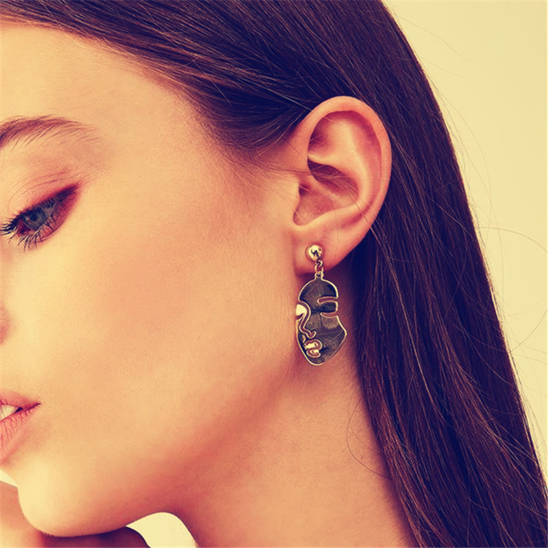Kshmir Fashion metal retro abstract face Earrings Exaggerated interest, personality, women's earrings, exquisite earrings, jewel
