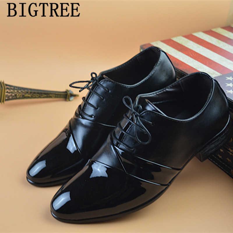 Quần Áo Trắng Giày Người Đàn Ông Cưới Giày Nam 2019 Giày Da Chính Thức Phù Hợp Với Giày Zapatos Oxford Hombre Chaussure Homme Mariage