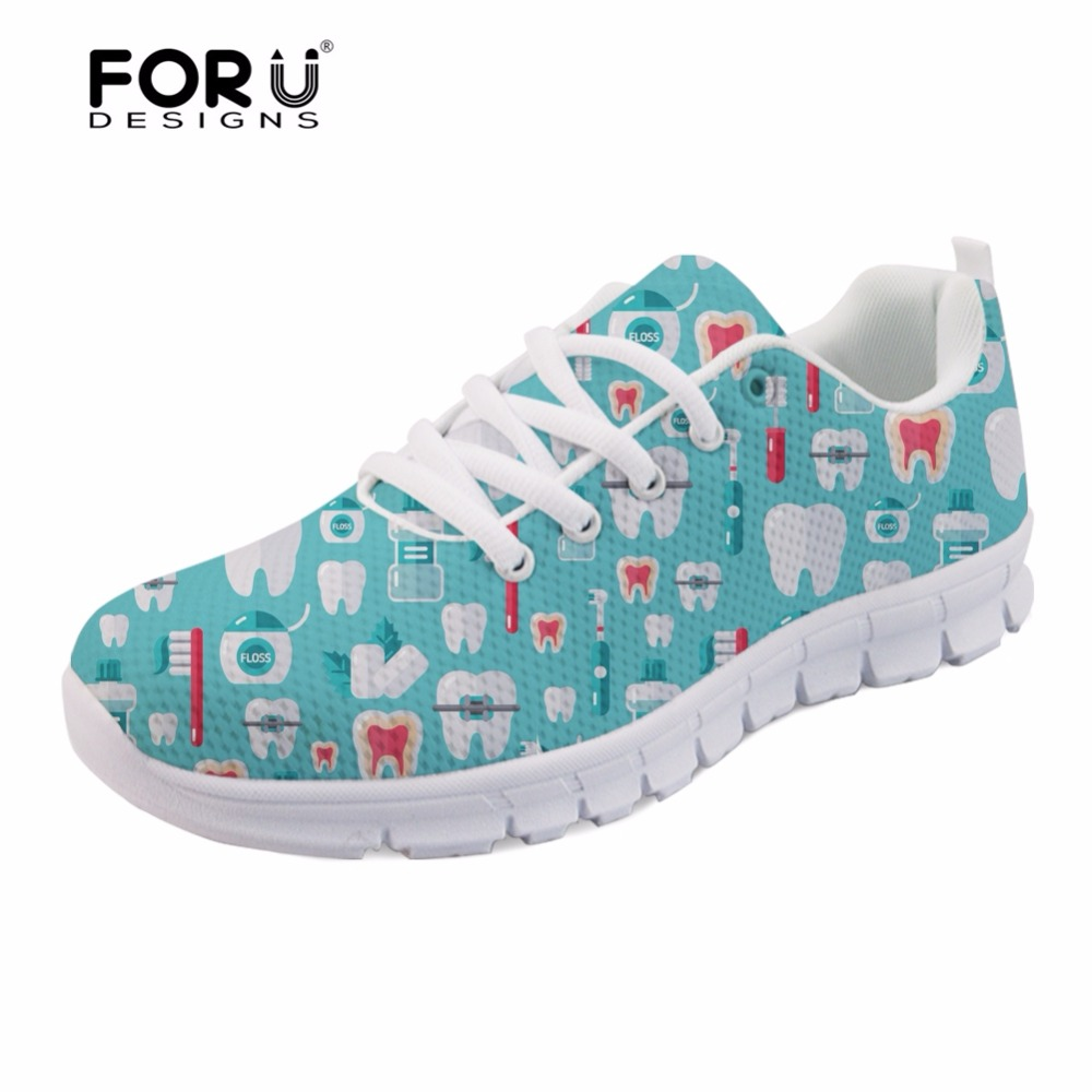 FORUDESIGNS Cute Dentist Pattern Mens Flats Shoes Cartoon Dental Equipment Light Breathable Mesh Shoes for Men Casual Sneakers