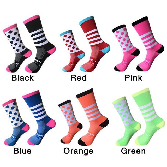 39-45 deportes al aire libre ciclismo calcetines pies izquierda y derecha onda punto rayas bicicletas calcetines correr baloncesto calcetines para las mujeres de los hombres
