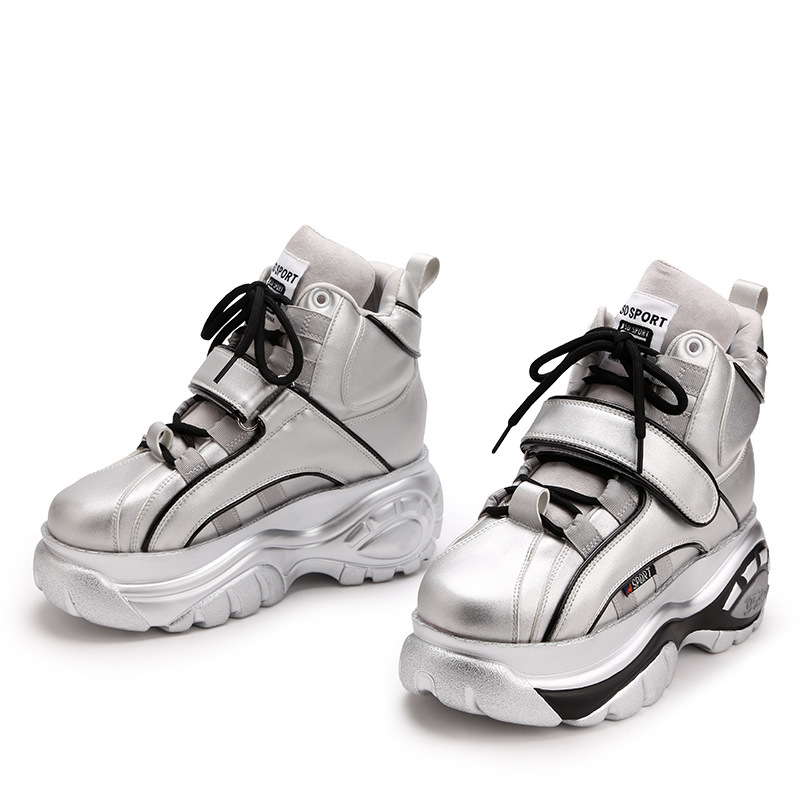 Offre spéciale baskets blanches femme 7 CM 2019 nouveau printemps en cuir dames fond épais baskets mode augmenter chaussures décontractées femmes