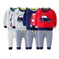 Camisola do bebê set 2016 outono inverno moda carros dos desenhos animados recém-nascidos casaco camisola + calças terno do bebê do bebê do algodão do bebê tendência terno