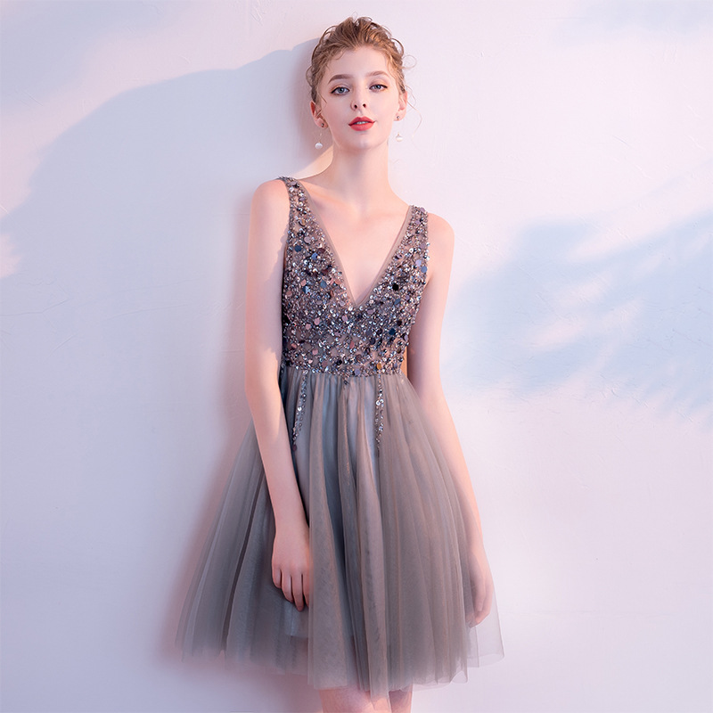 Mrs Win 2019 New Elegant Short Cocktail Dresses Sexy V-neck Grey Luxury Beading Evening Party Gown Robe De Soiree