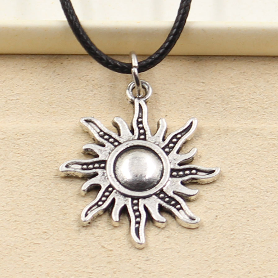 New Fashion Tibetan Silver Color Pendant Sun Necklace Choker Charm Black Leather Cord Factory Price Handmade Jewelry