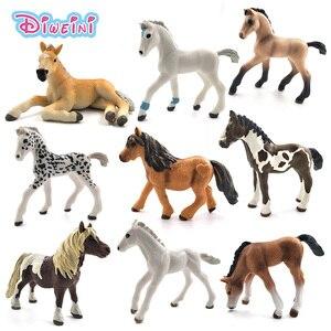 Image 1 - Simülasyon hayvan modeli atlar aksiyon figürleri çocuk ev dekorasyonu peri bahçe dekorasyon aksesuarları heykelcik hediye çocuklar için oyuncak