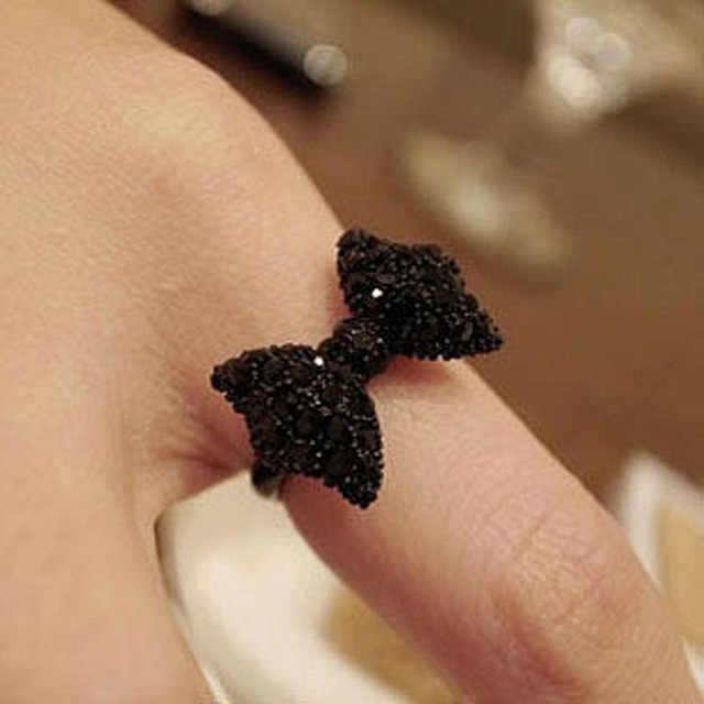 Venta caliente de la manera de La Perla de imitación de la corona de la hoja de la suerte 8 del arco del cristal del anillo abierto para las mujeres amante de la boda joyería de compromiso